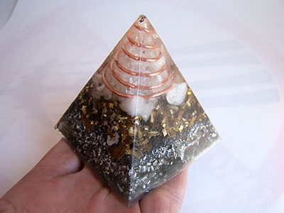 pyramid-orgone
