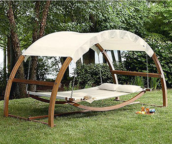 swinging-bed