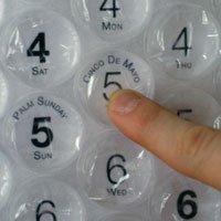 bubble-wrap-calendar