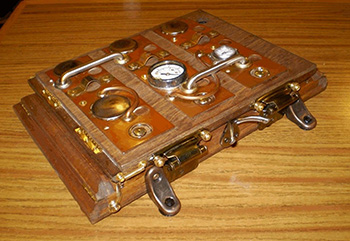 steampunk-ipad-case