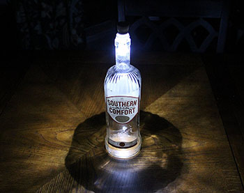 southern-comfort-lamp