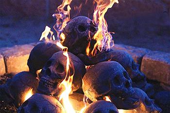 flaming-pile-of-skulls