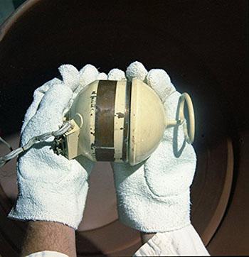 polonium-210-radioisotope-thermoelectric-generator